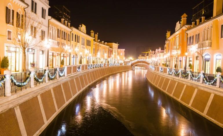 La Florentia (Village) di Cina supera i 300 mln