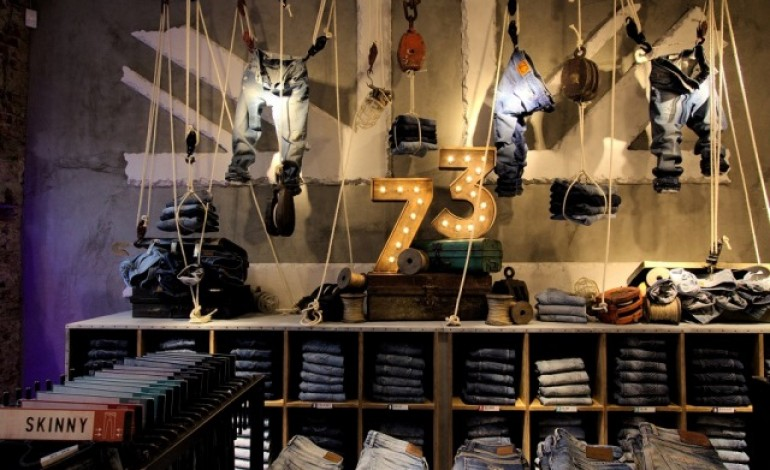 Pepe Jeans London, store con happy hour