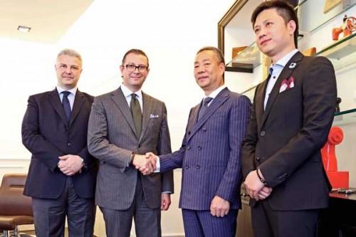 Camicissima-sigla-accordo-con-Zhejiang-Baoxiniao-Garment.