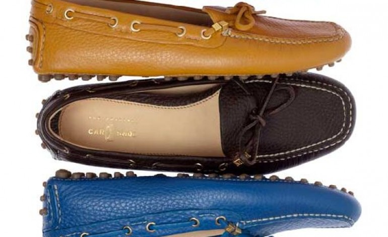 Prada rilancia Car Shoe con il made to order
