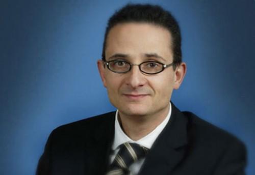Robert Dreyfuss
