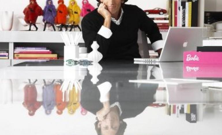 Dickson, da Jones Group torna a Mattel
