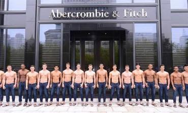 Abercrombie, primo store in Cina. E rinnova il board