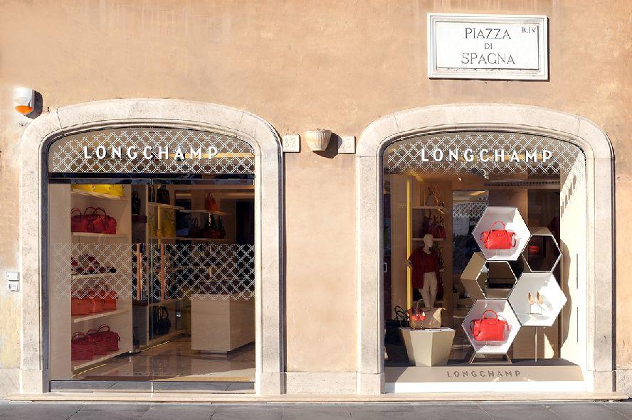 Cake Design Piazza Re Di Roma : Longchamp conquista piazza di Spagna - Pambianco News ...