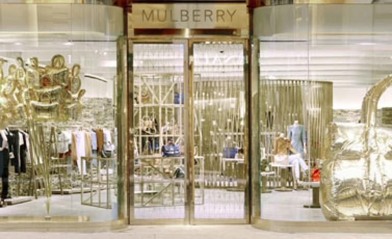 Crollano gli utili di Mulberry, -50% nel 2013