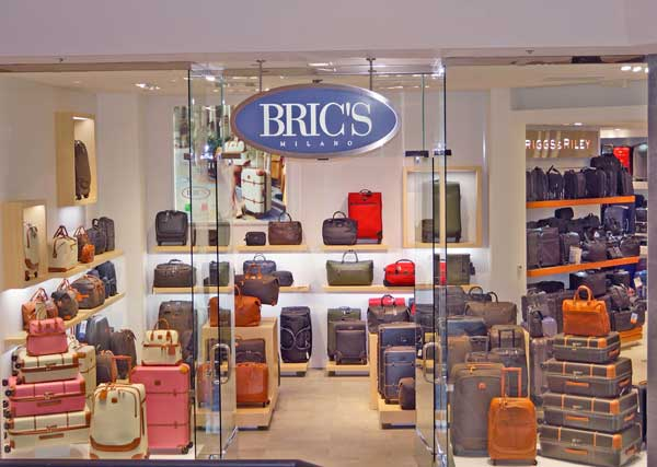 Lo store Bric's all'interno del Beverly Hills Centre