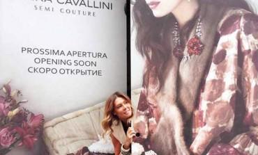 Esordio retail per Erika Cavallini