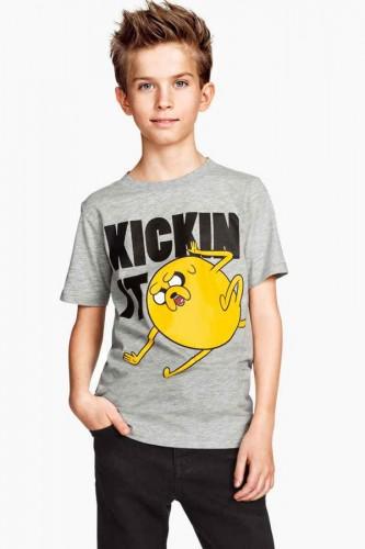 Una t-shirt della collezione