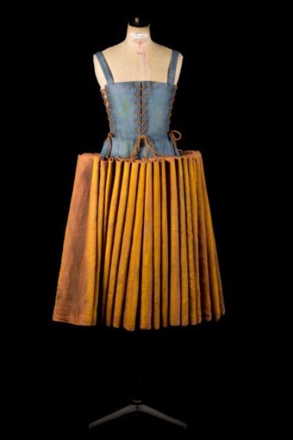 Uno dei costumi in vendita all'Opera Comique