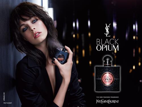 L'advertising Black Opium di YSL con Edie Campbell