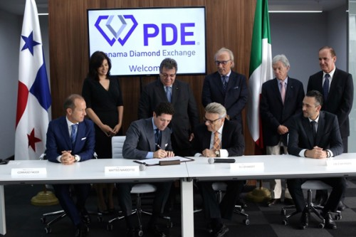 Firma accordo Fiera di Vicenza e Panama Diamond Exchange