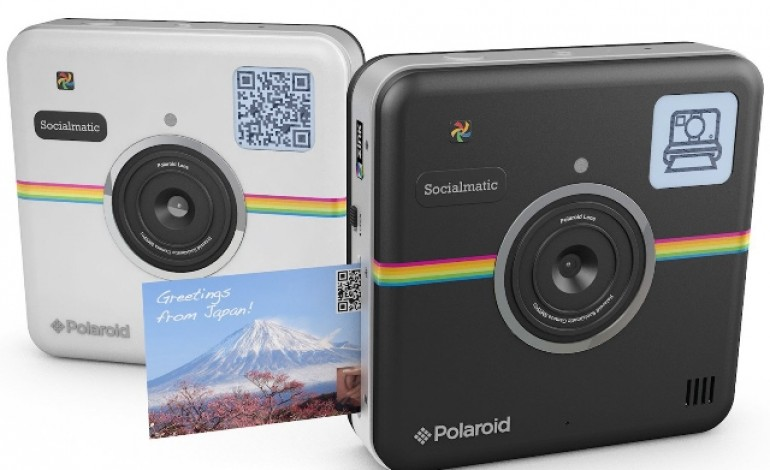 Polaroid si reinventa sui social