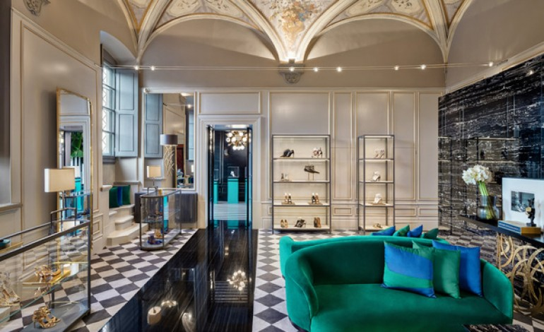 Aquazzura, il primo store è a Firenze