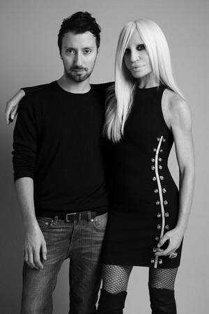 Vaccarello e Donatella Versace
