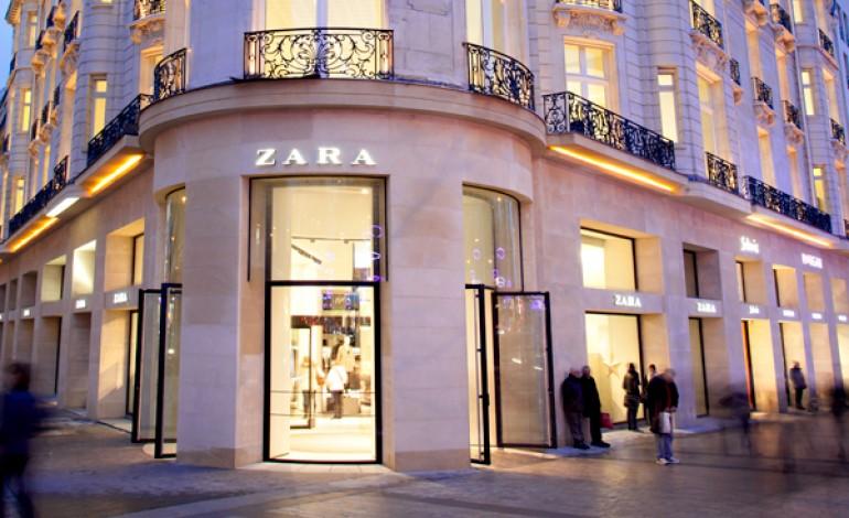 Anche per Zara camerini con tablet