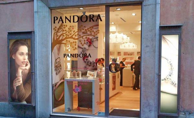 Pandora in crescita a due cifre nel 2014