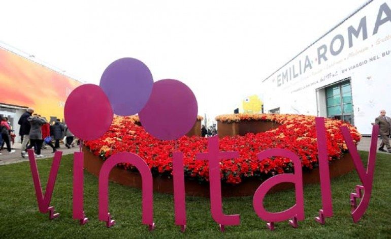 In 150mila al Vinitaly, più buyer esteri
