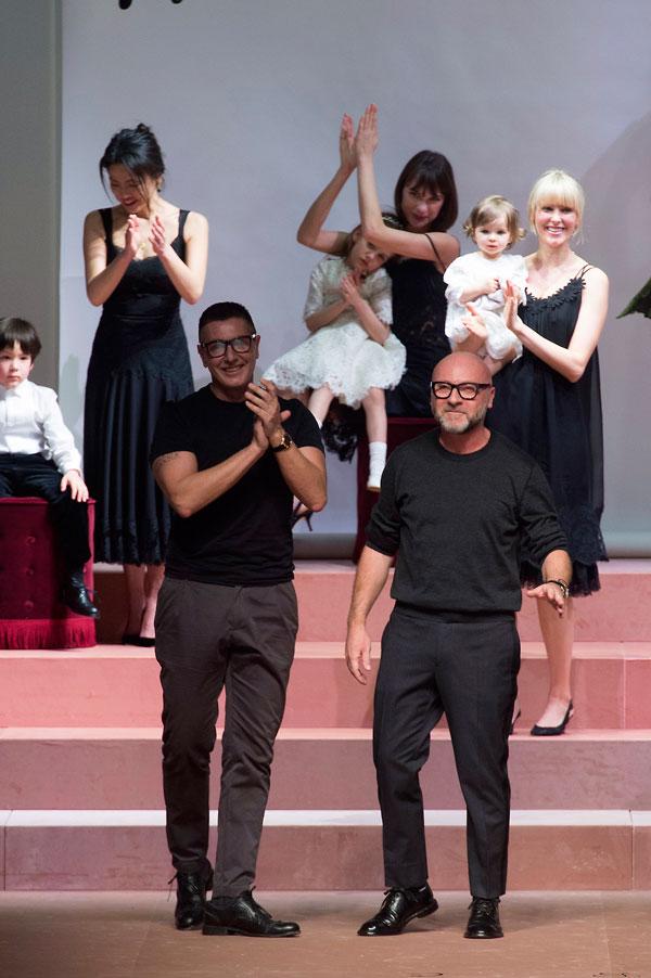 Il finale dell'ultima sfilata milanese di Dolce&Gabbana