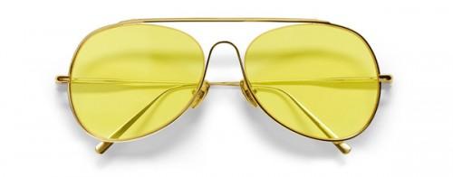 Un modello Acne Studios Eyewear