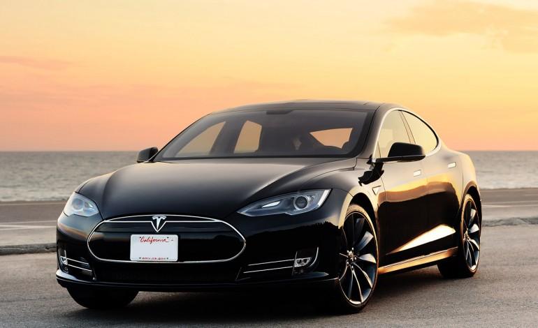 Un ex Burberry per Tesla Nord America