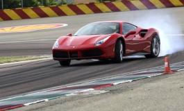 Ferrari scalda i motori per Piazza Affari