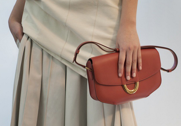 Hermès si conferma 'normale': cresce al minimo da 5 anni