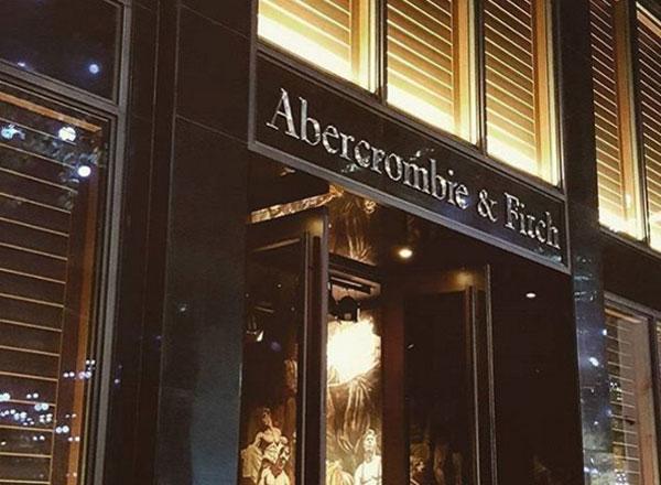 Abercrombie, utili giù, ma stime 2017 in crescita