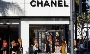 Chanel entra in Farfetch (non per vendere)