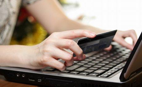 Acquisti online per il 53% degli europei