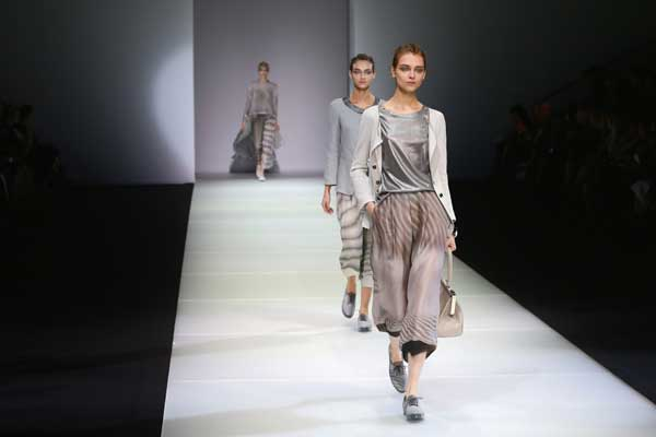 Camera moda riduce le stime sul 2015