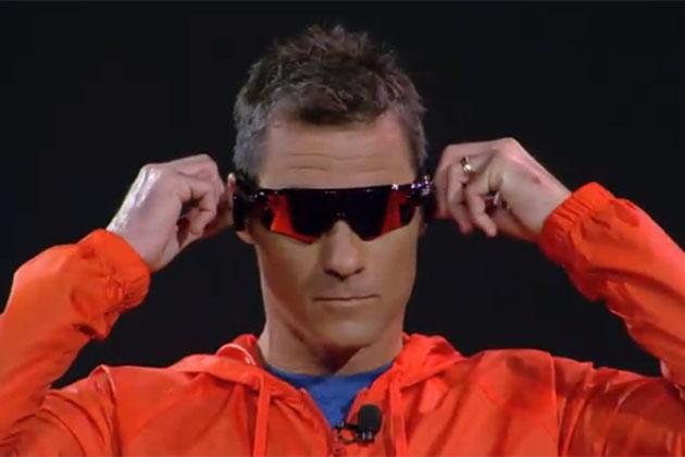 Luxottica, occhiali intelligenti con Intel