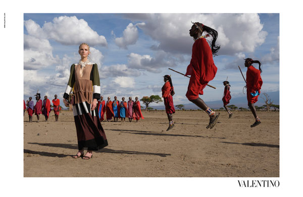 Valentino va in Africa con McCurry