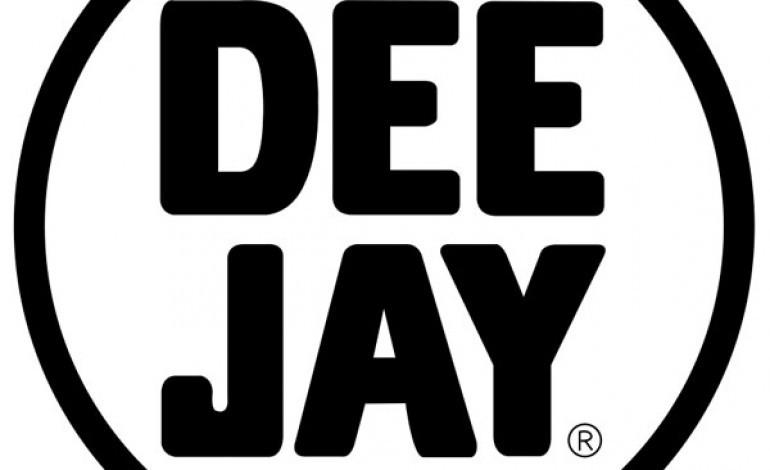 Radio Deejay lancia il suo e-store