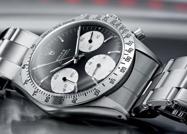 Rolex e Tiffany corrono sui social