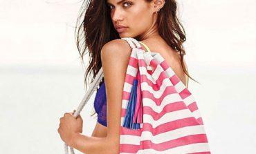 Victoria's Secret, via anche accessori e vestiti