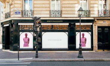 John Galliano, opening a Parigi