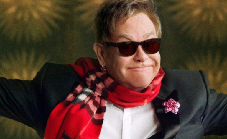 Burberry riscopre i vinili di Elton John