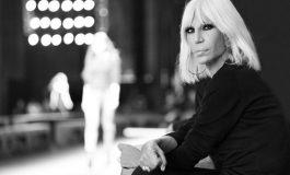 La cassaforte di Versace torna in utile