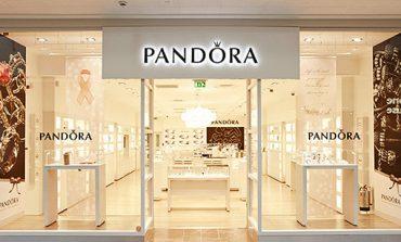 Pandora si ricompra gli store in Belgio