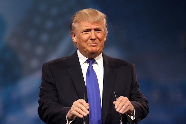 Ottobre nero, il retail Usa si affida a Trump