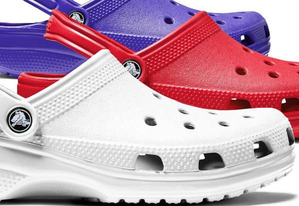 Crocs chiude 160 punti vendita