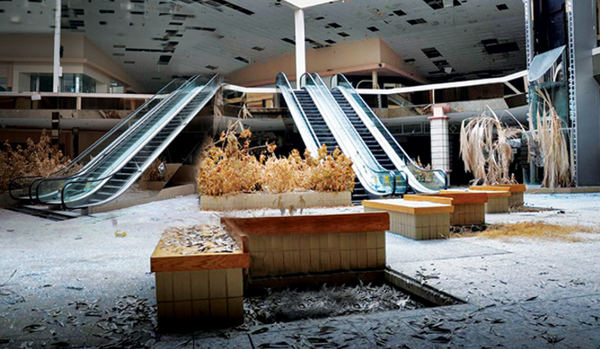 Mall Usa, crolla la costruzione di nuovi spazi