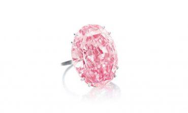 Il diamante Pink Star venduto per 71,2 mln $