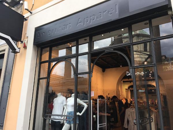 American Apparel chiude anche a Milano dopo 10 anni