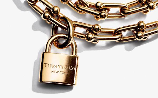 Tiffany, il trimestre deludente gela il titolo