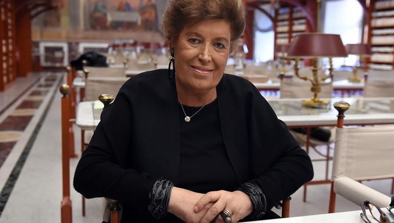 Addio a Carla Fendi