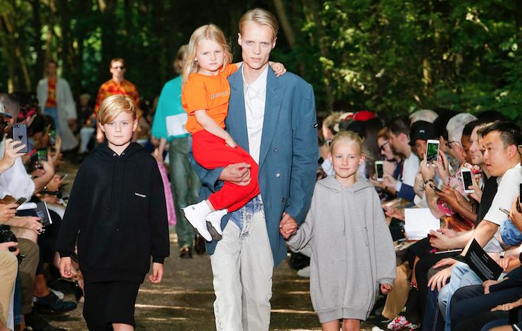 Balenciaga, esperimenti di childrenswear
