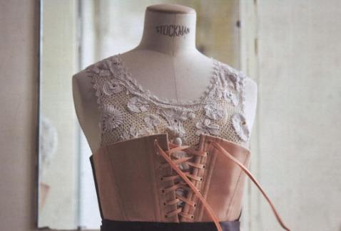 Finalmente, la couture parigina accorcia il nome