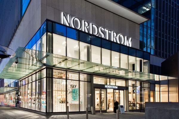 La famiglia valuta il delisting di Nordstrom