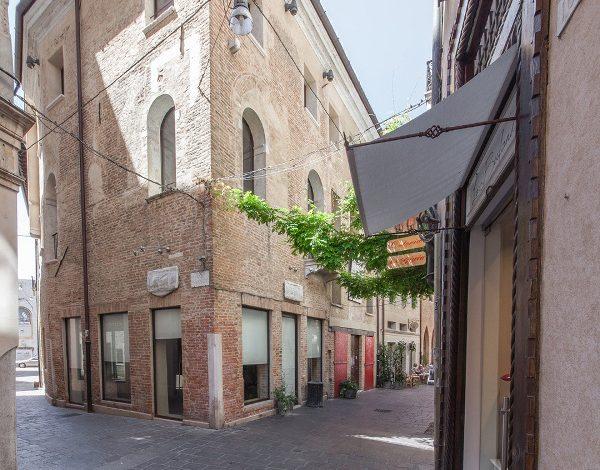 Lotto apre store a Treviso